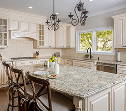 Fabuwood Cabinetry – White painted cabinets and island