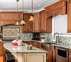 Fabuwood Cabinetry – Traditional hardwood cabinetry